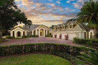 4 Car Garage Estate in Isleworth Florida for Rent