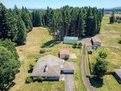 Portland Area House with Private Air Landing Strip...