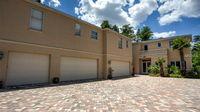 Waterfront, 5 Car Garage Orlando Pool Home